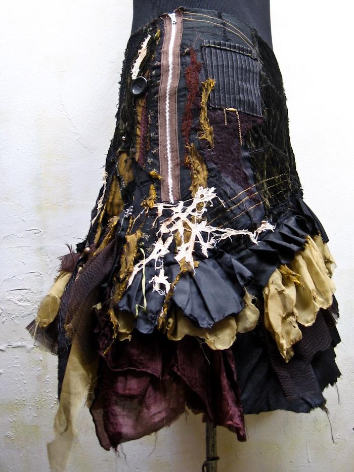 a custom skirt, made for cJ in australia. (www.gibbousfashions.com)