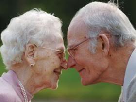 elderly photo: elderly-couple elderly-couple.jpg