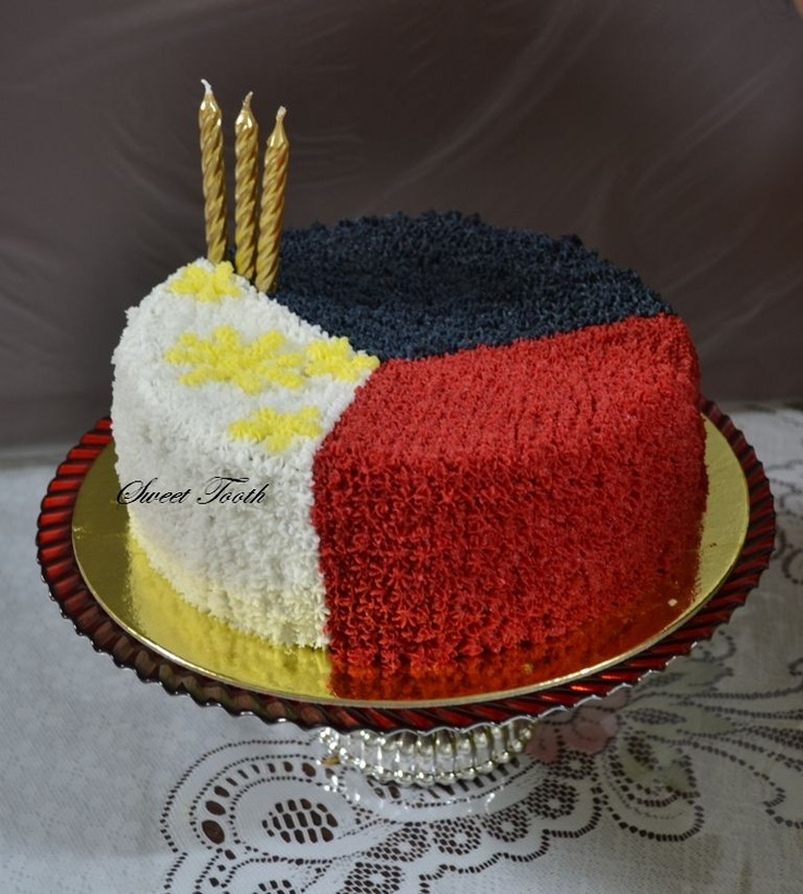 My birthday cake(11th June), I decided to decorate it with Philippine Flag commemoration of the Philippine Independence Day