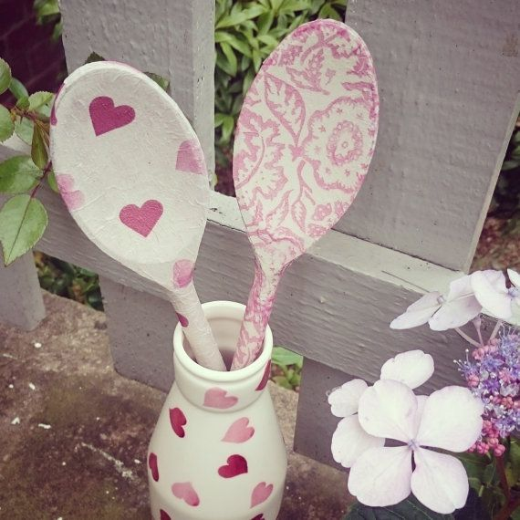 17 best ideas about wooden spoon crafts on pinterest for Cheap wooden spoons for crafts