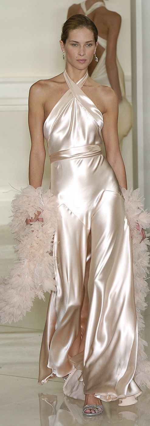Ralph Lauren ~ I know this has already been worn. But this is just inspo. I want a simple silk dress, nothing grand. I don't like the colour wedding white. I like cream whites