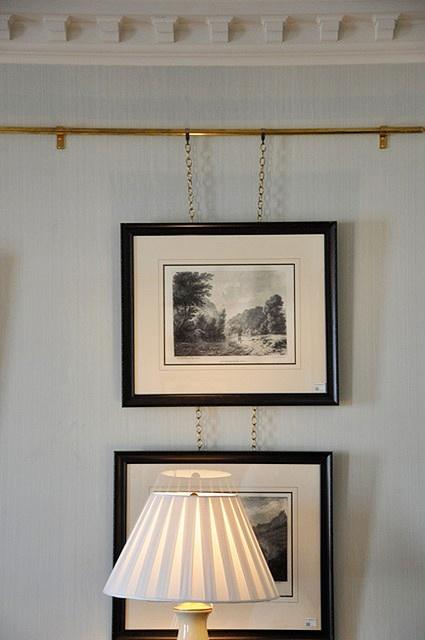 Brass picture rail