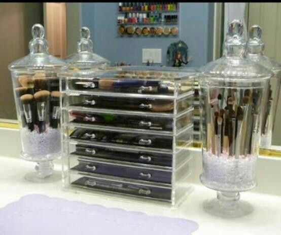Need those jars for my brushes!