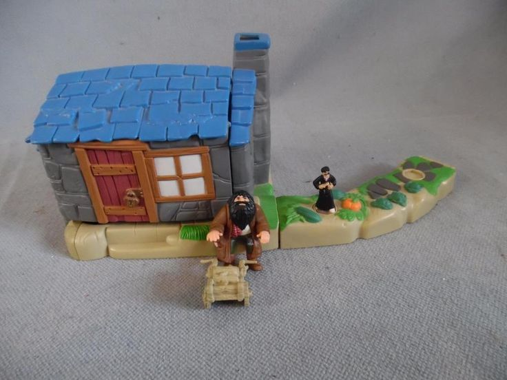 2001 Mattel Harry Potter Hagrids Hut World Of Hogwarts Playset With Figures #Mattel
