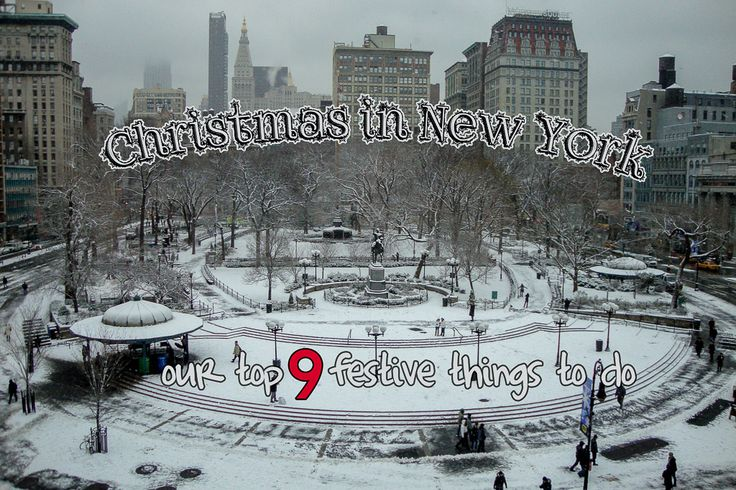 Things to do, Christmas in New York. Sightseeing in New York City. Read more here: vhttp://www.thewholeworldisaplayground.com/christmas-new-york/