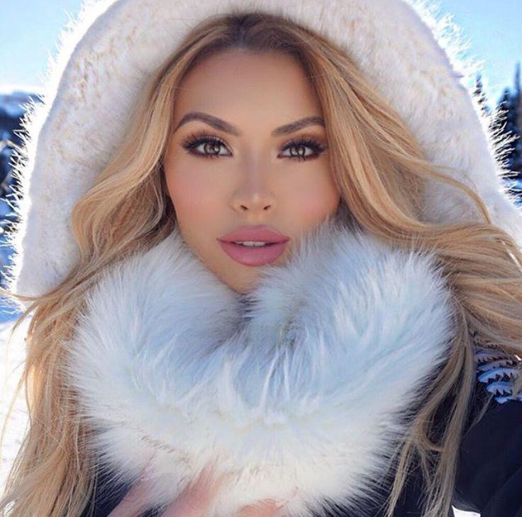 5d2f155e78ce251dfa2e33e8664c8e45.jpg (JPEG Image, 750×743 pixels) luxury beauty products - http://amzn.to/2hu7dbB