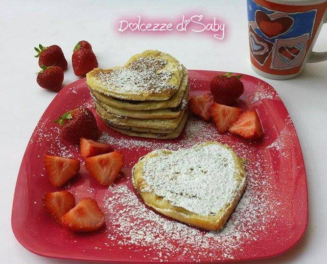Pancake cuore di mele e cannella