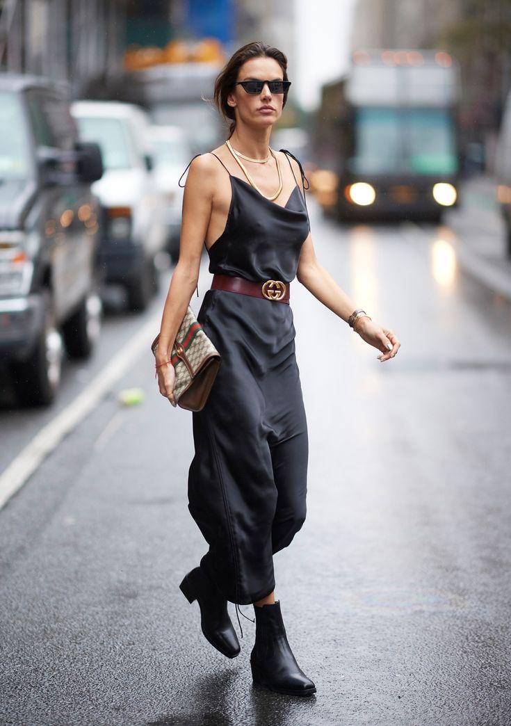 Alessandra Ambrosio trägt diese günstigen Stiefeletten – und hier kannst du sie shoppen