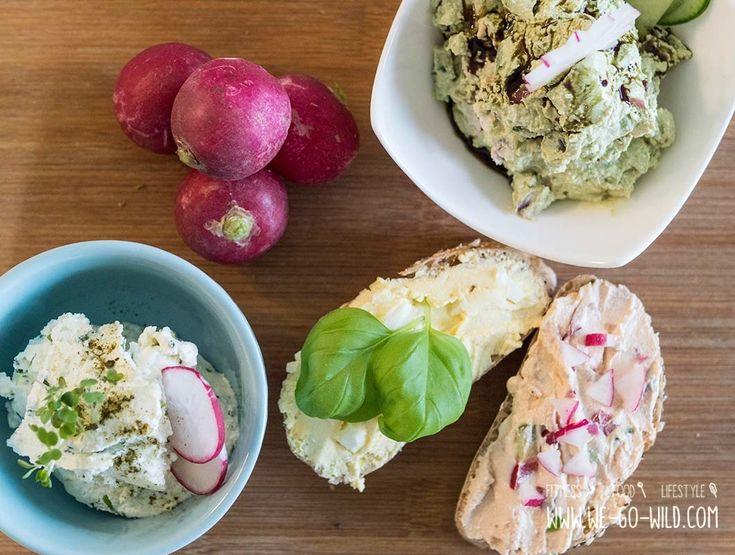 Wir lieben Quark Aufstrich! Es gibt unzählige Varianten für den gesunden Brotaufstrich. Wir verraten uns unsere 6 Lieblingsrezepte mit Topfen.