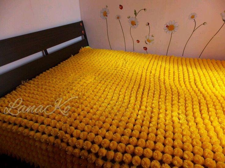 """Купить Покрывало из помпонов """"Одуванчиковый рай"""" - покрывало, покрывало из помпонов, Акрил 100%, покрывало на кровать"""