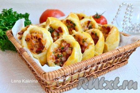 """Пирожки """"Погача"""" с колбасой и сыром"""