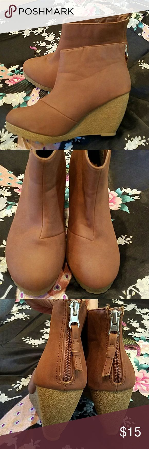 Brown Booties Comfortable Wedge Booties size 8 from H&M. See pics ask questions. H&M Shoes Ankle Boots & Booties