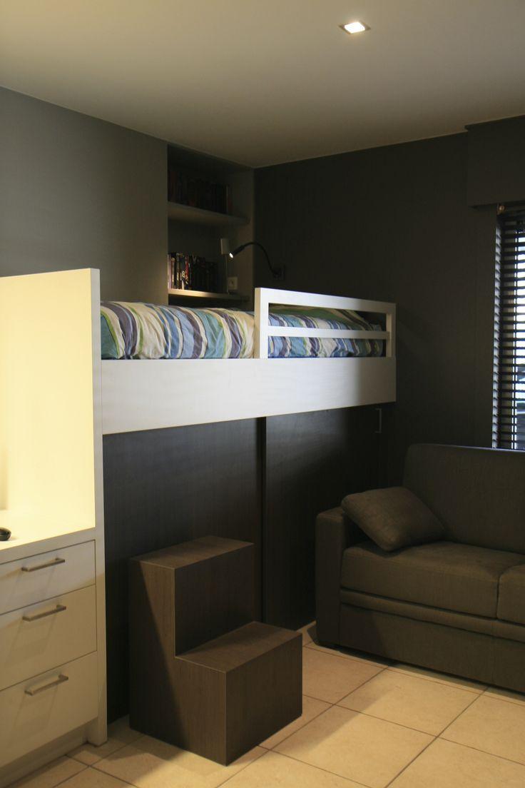 compacte kinderkamer bed/berging/bureau/zetel