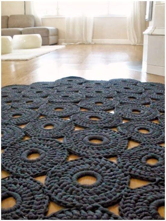 Emérita Desastre: Crochet: Seguimos tejiendo alfombras de trapillo