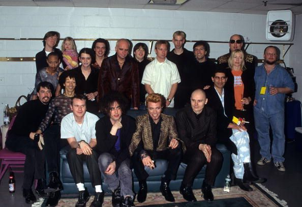 David Bowie, Billy Corgan, Dave Grohl, Robert Smith, Frank Black,  Nate Mendel, William Goldsmith,  Pat Smear, Placebo and Sonic Youth, 1997