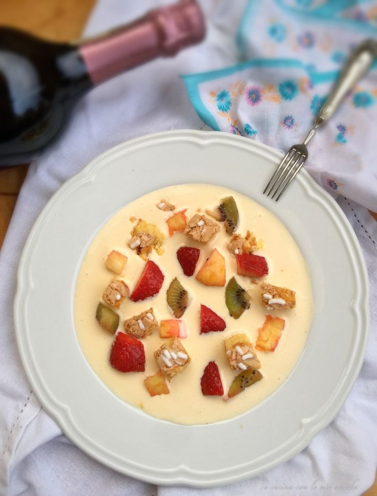 Zuppetta di frutta e colomba tostata