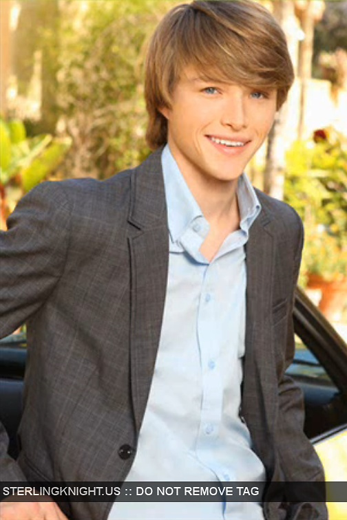 sterling knight: kiddish? sure. attractive? usually :)