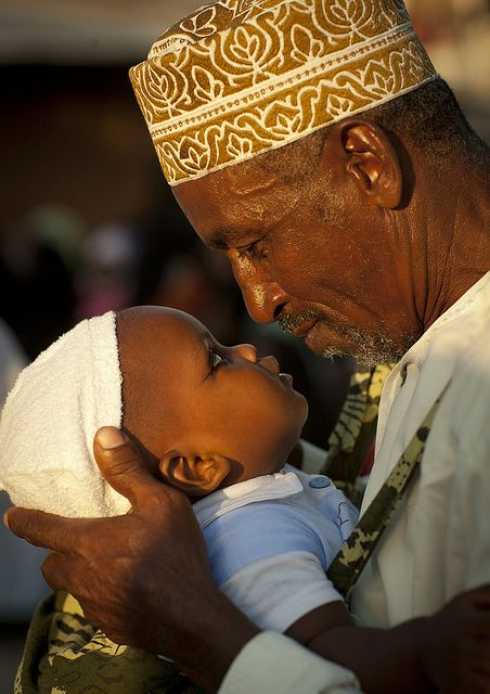 Father and baby in Lamu - Kenya