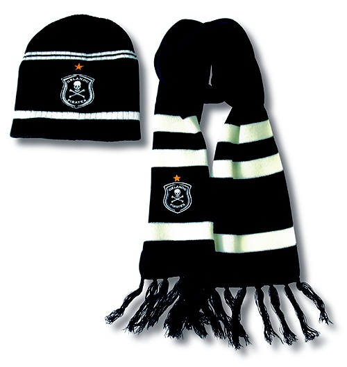 Orlando Pirates beanie scarf set