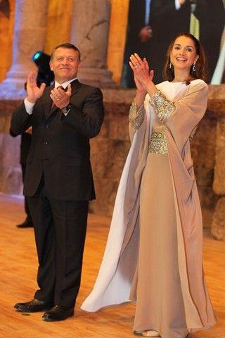 Queen Rania of Jordan - love her dress
