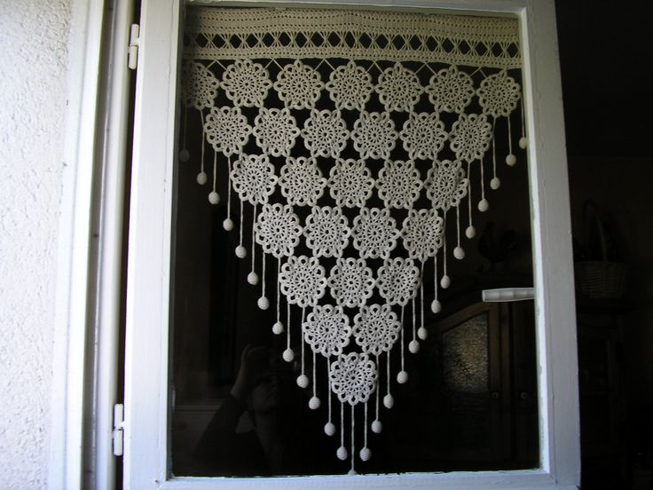 Rideau au crochet PHILDAR . REF PHILDAR : RIDEAUX N° 248-D3-322