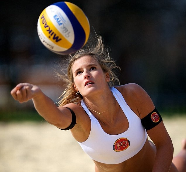 Zara Dampney GB Beach Volleyball photo by Charles Davis www.professionalphotography.me.uk METRO 28th March 2012