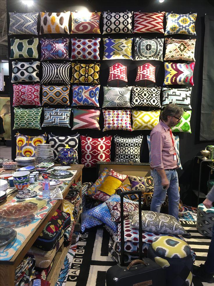 #maisonetobjets #design #trend #salon #lamanufacturedudesign #pillows #colors #decoration