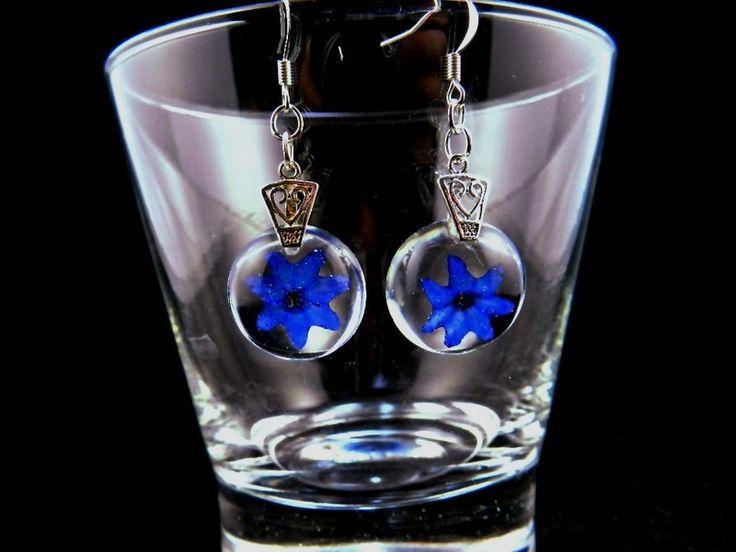 Ohrhänger blaues Blümli auf Eis gelegt von Luflom auf DaWanda.com