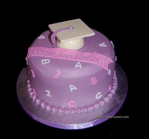 Super cute graduation cake for Preschool or Kindergarten Graduate