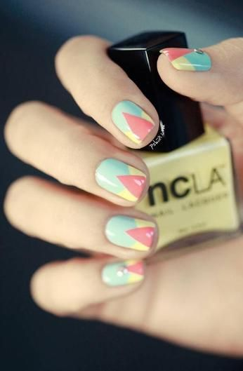 10 great nail art ideas for music festival season.