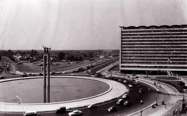 Bundaran hotel indonesia tempo dulu