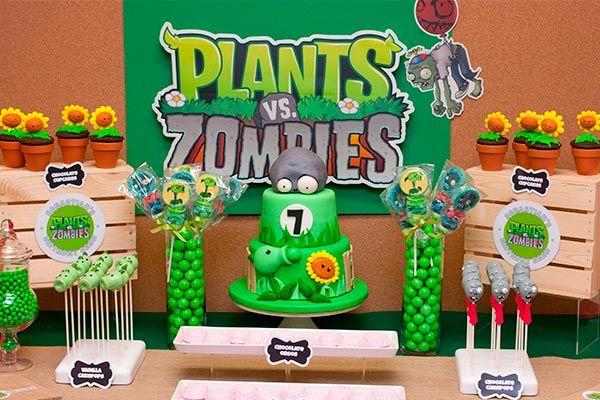 Celebra el cumpleaños de tu hijo al estilo de su videojuego favorito: ¡plants vs zombies! Si ese juego lo vuelve loco de emoción y siempre habla de cuáles son las plantas más poderosas capaces de combatir a esos muertos vivientes que quieren entrar a la casa, sigue leyendo y tendrás muchas ideas que podrás seguir fácilmente.
