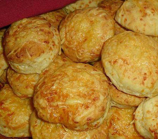 Egyszerű, de nagyszerű sajtos pogácsa - www.kiskegyed.hu