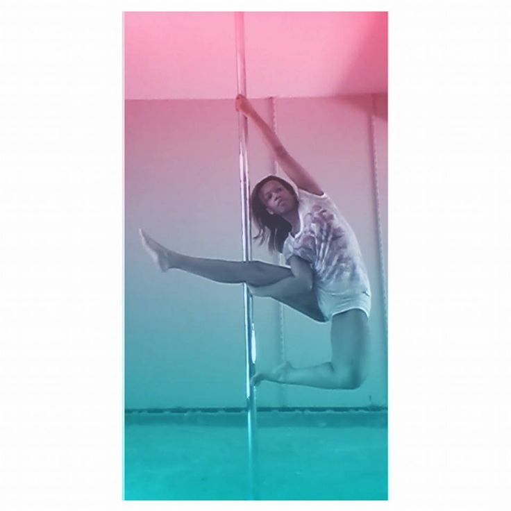 Not sure what this is called, but it was hard getting into  #PoleFitness #PolePose #PoleDance #PoleDancer #PoleLife #PrincessPoleFitness #Fitness #Health