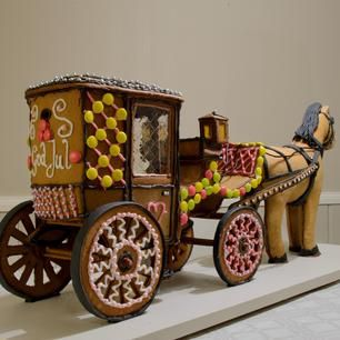 Gingerbread Horse and Carriage