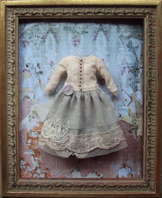 Not exactly vintage or antique, but lovely - moshimoshistudio - clothes for Blythe