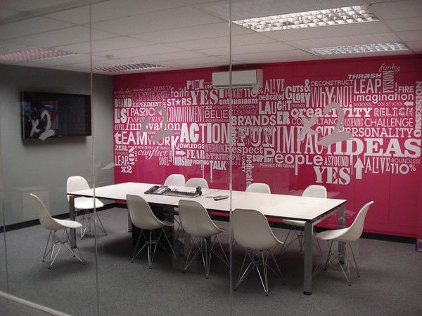 large text wall in office meeting room - Conference Room Design Ideas