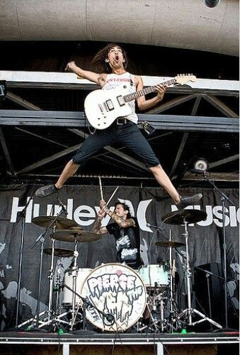 41 Best images about Vic Fuentes on Pinterest | Posts ... Vic Fuentes Muscles
