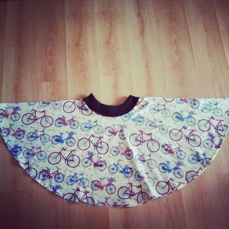 Como nos encanta la idea de elaborar nuestras propias prendas, aquí os traemos este tutorial tan sencillo para elaborar una falda con vuelo de media capa.