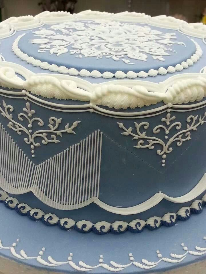 Royal icing piped cake