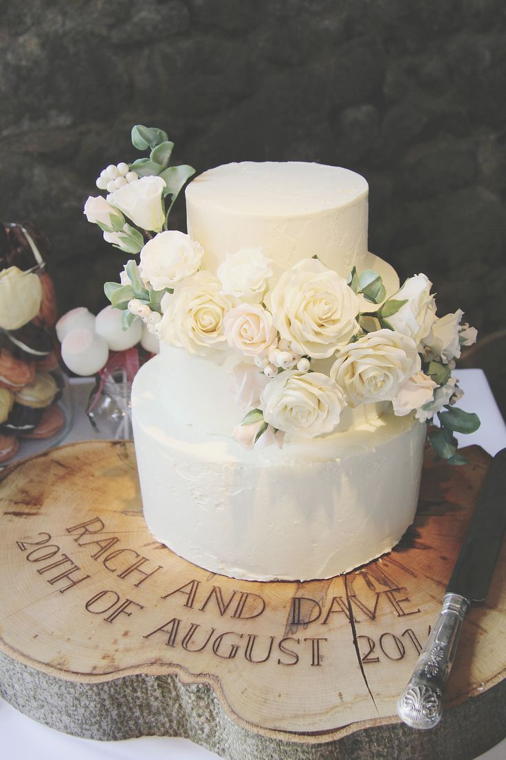 THE wedding cake!  From sucre coeur