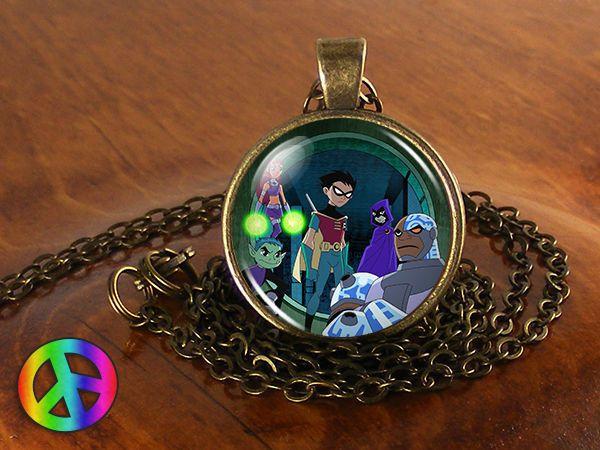 Teen Titans Raven Cyborg Beast Boy Robin Starfire Jewelry Necklace Pendant Gift