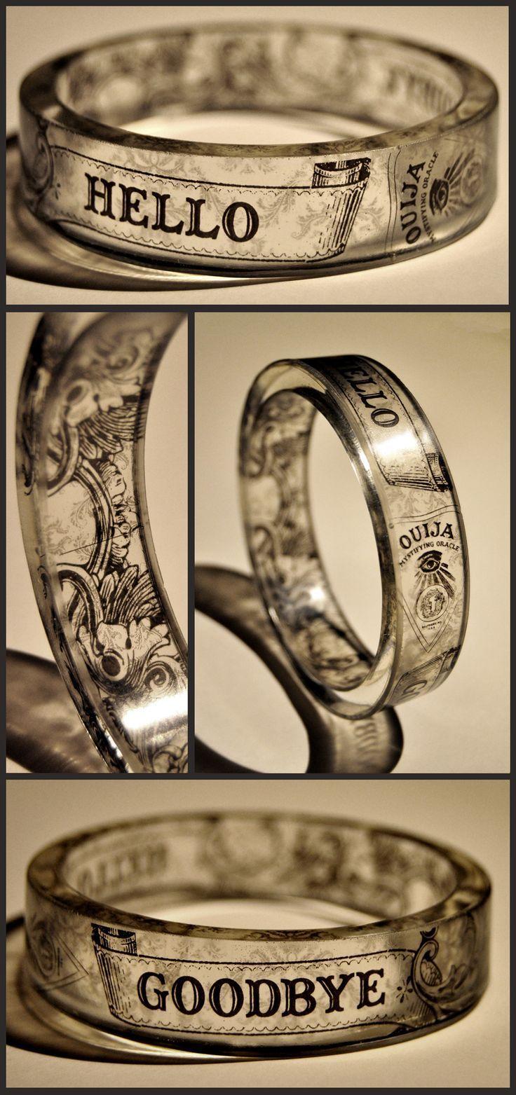The Sance - resin bangle…