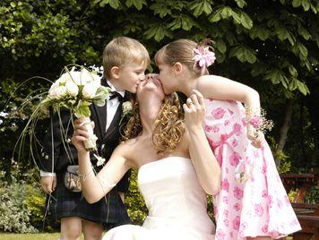 5 bons motivos para ter crianças no seu casamento | Casar é um barato