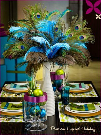 peacock inspired holiday table settingMardi Gra, Ideas, Tables Sets, Peacocks Wedding, Tables Centerpieces, Peacocks Feathers, Tables Decor, Peacocks Theme, Center Piece