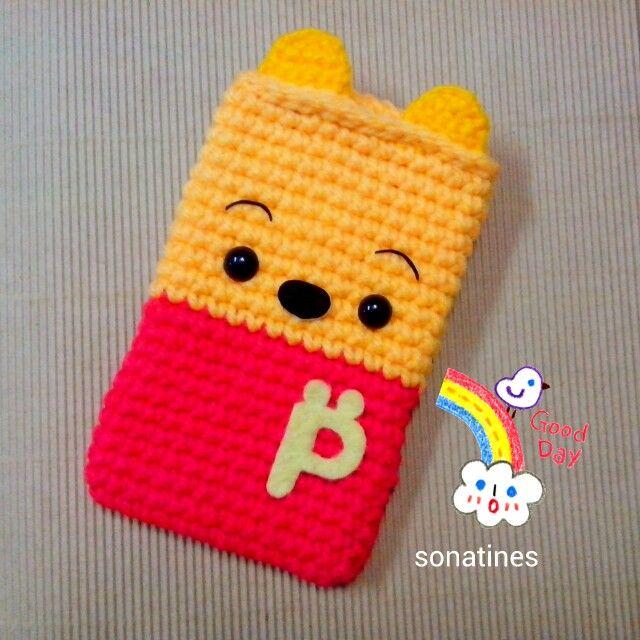crochet POOH bear  for iphone 4,4s,5