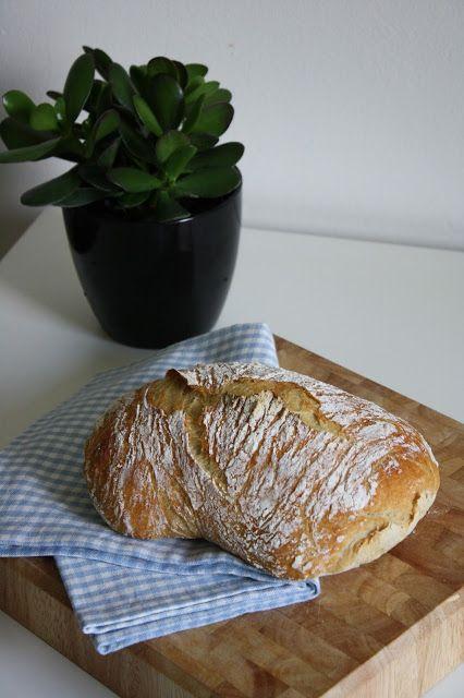 Pataleipä / Maailman helpoin leipä (No-knead bread)