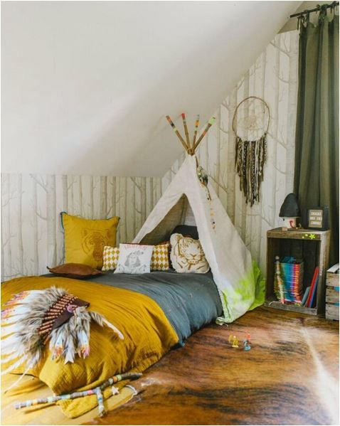 How sweet is this teepee adapted bed? #kidsdesign #boybedroom #bedroomideas Discover more inspirations at www.circu.net