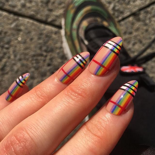 Lovely Billie Eilish Ft Khalid Plaid Nails Burberry Nails Rainbow Nail Art Designs