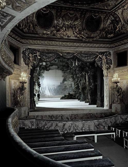 Die besten 25+ Gothic theater Ideen auf Pinterest Steampunk - wandgestaltung gothic
